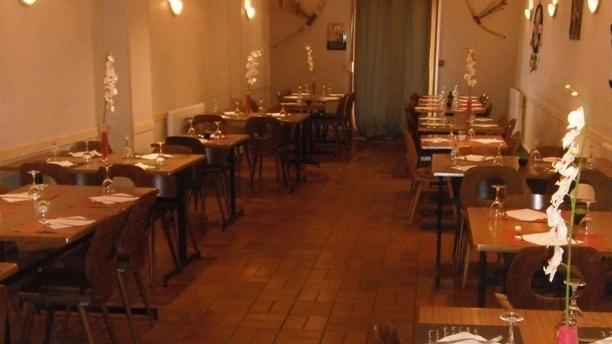 Au Bison Blanc Salle du restaurant