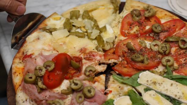 Almacén de Pizzas (Pilar) Plato