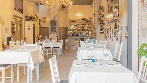 La Piazzetta Vista sala