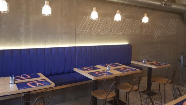 Moline's Grill Sala del restaurante