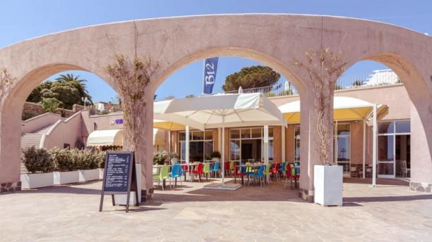 B12 Food & Lounge Terrazza