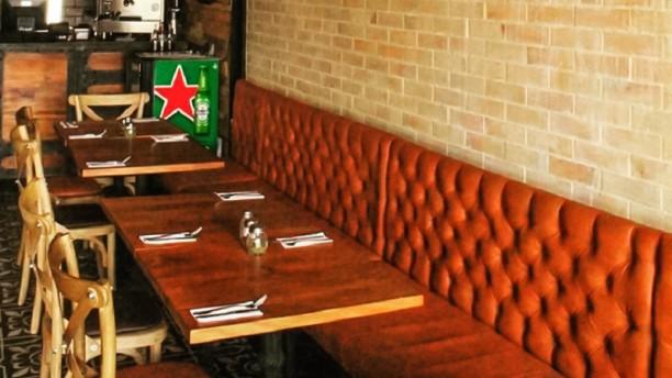 Brunetta Pizzeria  (Chia) Sala del restaurante