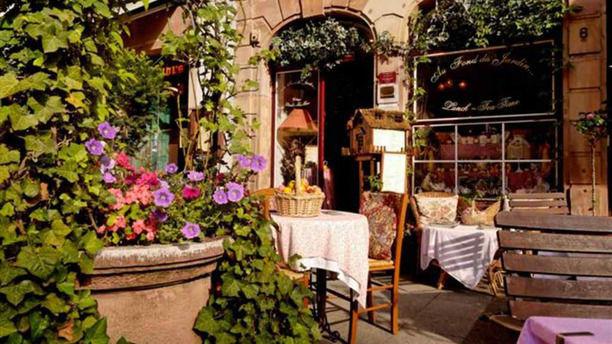 restaurant au fond du jardin strasbourg 67000 cath drale avis menu et prix. Black Bedroom Furniture Sets. Home Design Ideas