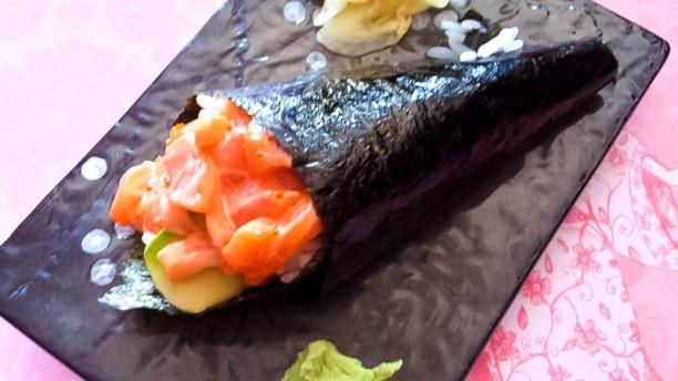 Ebi sushi specialita' della casa