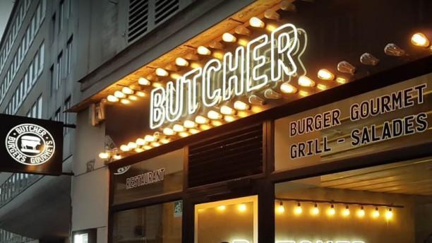 Le Butcher Madeleine Devanture