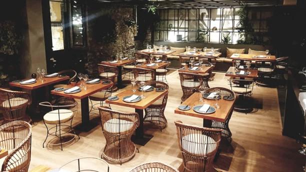 So Far Bistro & Steakhouse Sala
