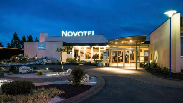 Novotel Café devanture
