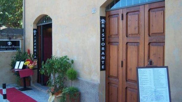 La Grotta di San Francesco facciata ristorante