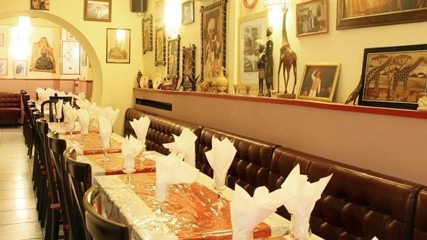 Ménélik Vue de la salle du restaurant
