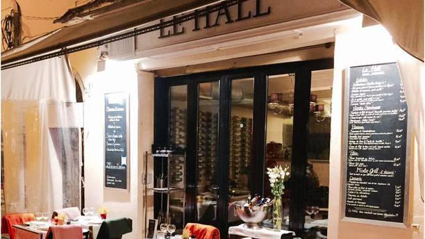 Le Hall : Asian Bar exterieur