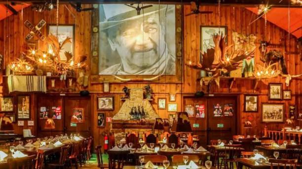 Villa Country Restaurante John Wayne Vista da sala