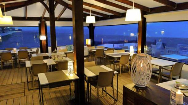 Aruba beach pineda in pineda de mar restaurant reviews for Restaurant pineda de mar
