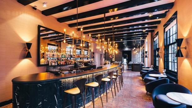 Brasserie OCCO (The Dylan hotel) Restaurant
