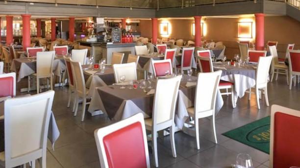 le charol 39 s restaurant avenue denis padovani 13127 vitrolles adresse horaire. Black Bedroom Furniture Sets. Home Design Ideas
