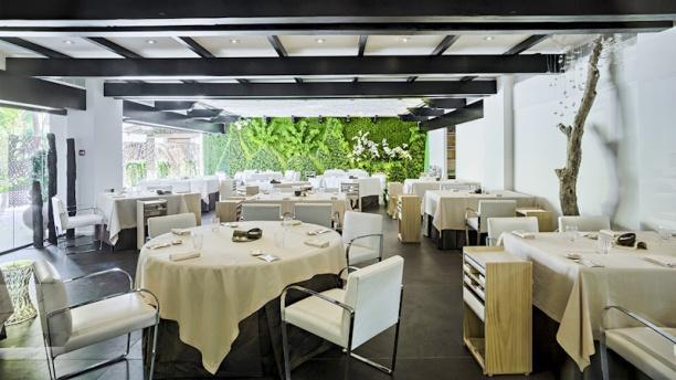 dani garcia puente romano beach resort in marbella. Black Bedroom Furniture Sets. Home Design Ideas