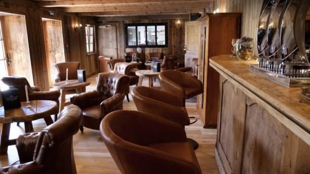 Le Lounge du Tillau Vue de la salle