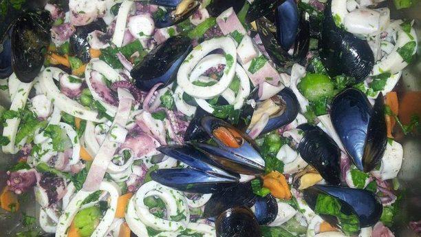 Trattoria Pizzeria Mamma Ciccina Antipasto di frutti di mare