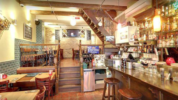 Caffè Italia 93 Restaurant