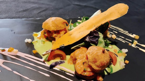 Restaurant A La Guill On Dine 224 Lyon 69007 Guilloti 232 Re Menu Avis Prix Et R 233 Servation
