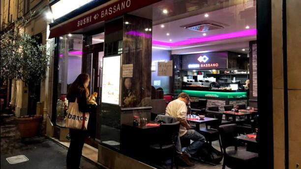 restaurant sushibassano paris 75116 champs elys es menu avis prix et r servation. Black Bedroom Furniture Sets. Home Design Ideas