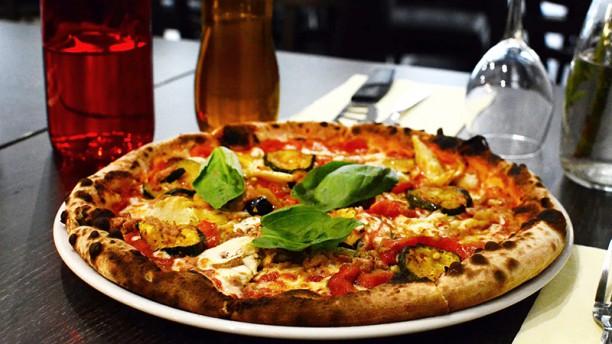 La Margherita Pizza