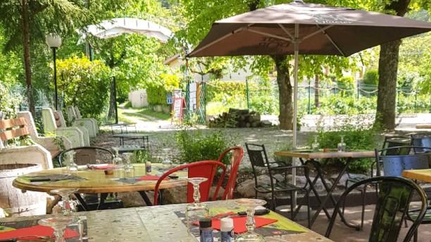 Le Clos Des Lilas Tables terrasse extérieure