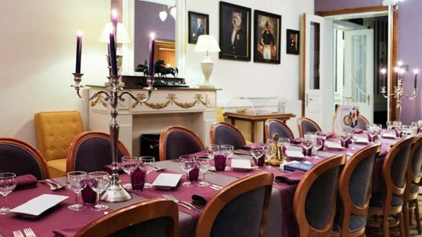 La Table d'Or Salle de banquet pour masx 33 couverts