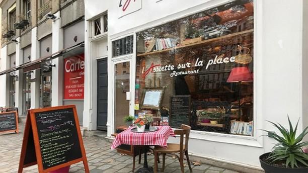 L'Assiette sur la Place Vue de la terrasse