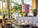 Cinq Restaurant