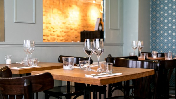 viola restaurant 80 rue lemercier 75017 paris adresse. Black Bedroom Furniture Sets. Home Design Ideas