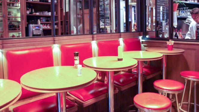 Sur le Pouce - Restaurant - Paris