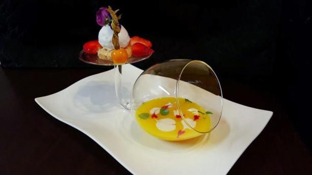 Le Dit Vin Soupe de mangue et coco, congolais maison et glace coco
