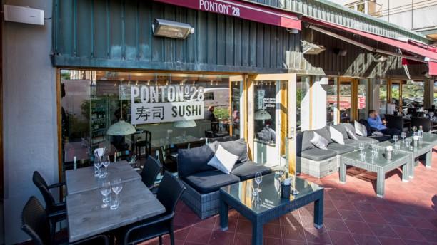 Ponton 28 Sushi Restaurant