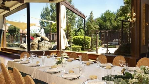 Braseros Restaurante & Catering Salón Lago