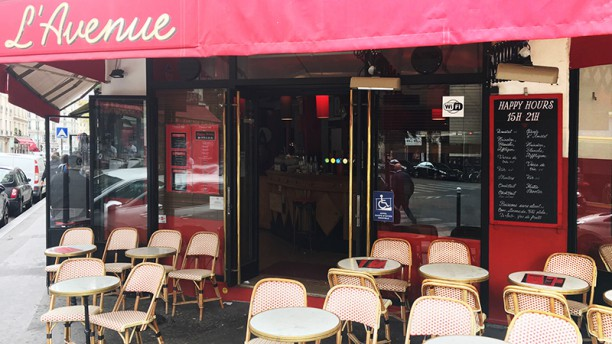 L'Avenue café Vue de la terrasse