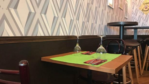 Red Pub - Brasserie Indienne Vue de la salle