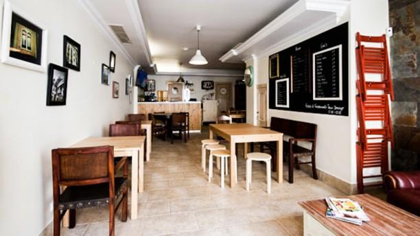 Sr. Guilho - Bar e Casa de Petiscos sala
