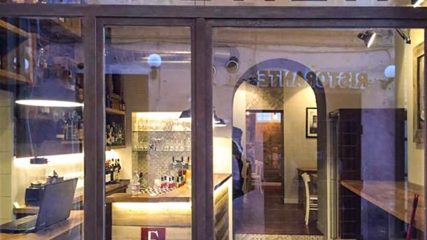 Essenza Wine Bar Esterno