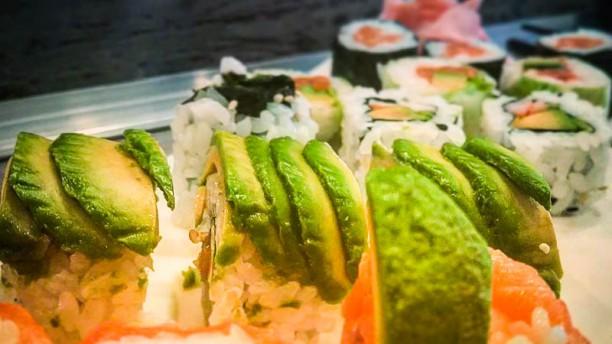 Sushi Lune sushi