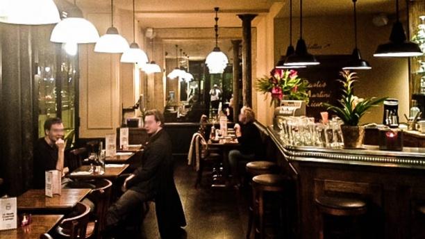 Le grand comptoir d 39 anvers restaurant 2 place d 39 anvers - Au comptoir des cotonniers ...