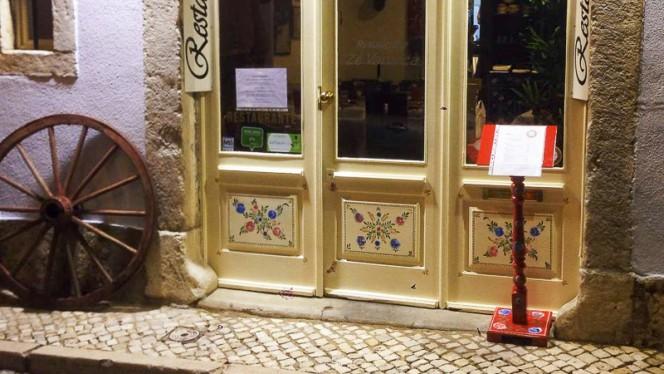 Entrada - Zé Varunca - Bairro Alto, Lisboa