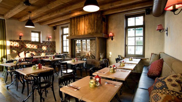 hollands eethuys dickens in huizen menu openingstijden prijzen adres van restaurant en. Black Bedroom Furniture Sets. Home Design Ideas