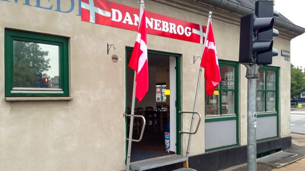 Cafe Dannebrog entre