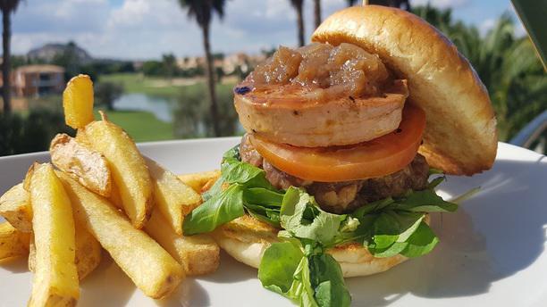 El Olivo - Hotel Alicante Golf burguer hoyo 19