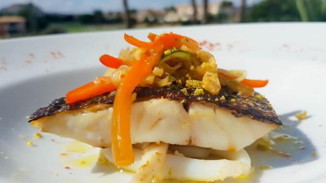 nuestra especialidad, la corvina a la brasa - El Olivo - Hotel Alicante Golf, Alicante
