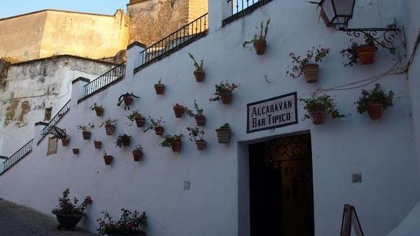 Alcaravan Alcaravan