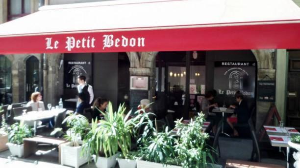 Le Petit Bedon Terrasse
