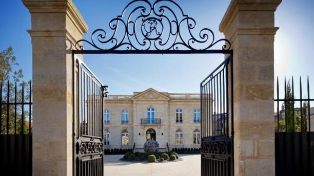 Restaurant Pierre Gagnaire - À La Grande Maison de Bernard Magrez Devanture