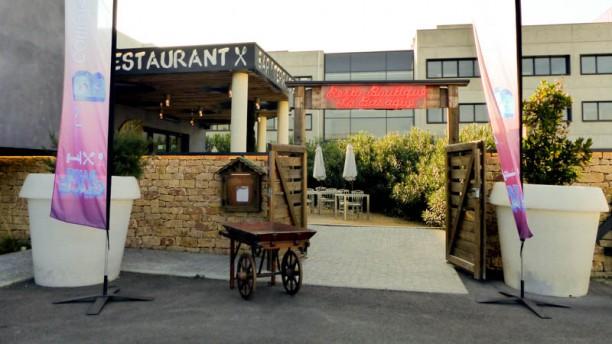 Restaurant Le B Complexe Devanture