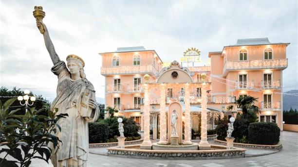 Il Danubio - Grand Hotel Osman Facciata